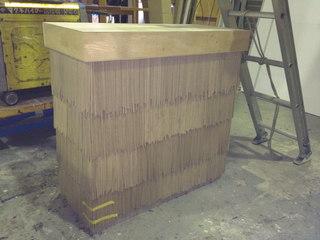 藁ぶきカウンター家具